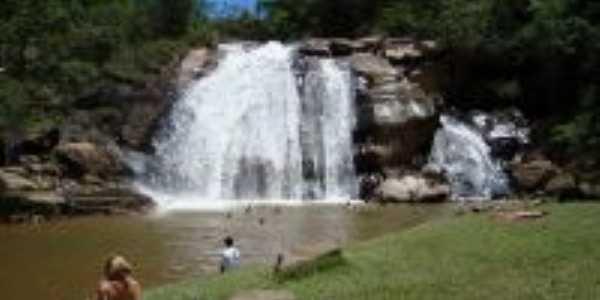 Cachoeira do Brumado, Por Cátia Bonini