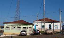 Cachoeira do Campo - Escola Municipal e Radio Comunitária-Foto:Geraldo Salomão