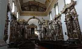 Caeté - Caeté-MG-Interior da Matriz de N.Sra.do Bonsucesso-Foto:Paulo Yuji Takarada