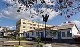 Caeté - Caeté-MG-Praça Dr.João Pinheiro-Foto:Paulo Yuji Takarada