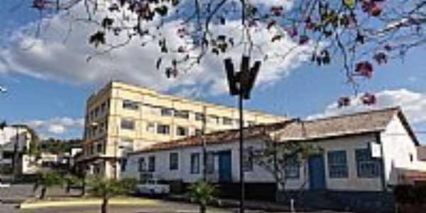 Caeté-MG-Praça Dr.João Pinheiro-Foto:Paulo Yuji Takarada