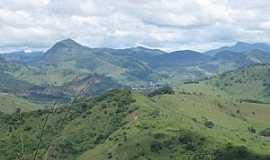 Caiana - Caiana-MG-Serras da região-Foto:Jose Adal Pereira de Souza
