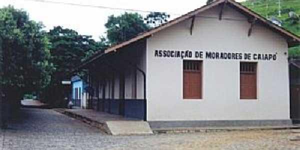 Caiapó-MG-A estação desativada em 02/2004,hoje Associação dos Moradores de Caiapó-Foto:Gutierrez L. Coelho