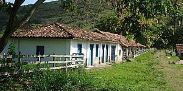 Caiapó-MG-Casas de colonos-Foto:estrelarural.blogspot.com