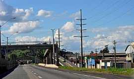 Cambuí - Cambuí-MG-Passarela na entrada da cidade-Foto:IzeKampus