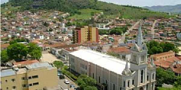 Cambuí-MG-Vista da Igreja Matriz-Foto:Cristovam Silva