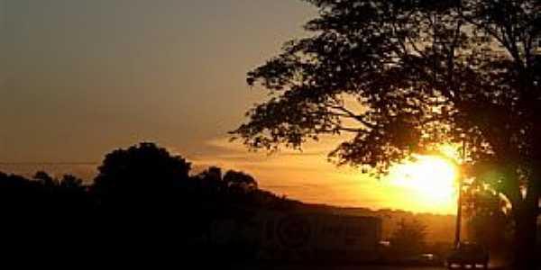 Campina Verde-MG-Pôr do Sol-Foto:Helô Monteiro