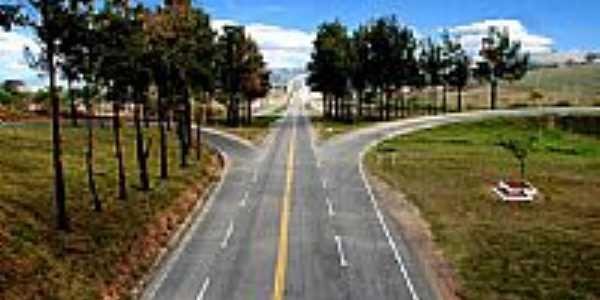 Entrada da cidade de Campo Belo-Foto:luigiazara