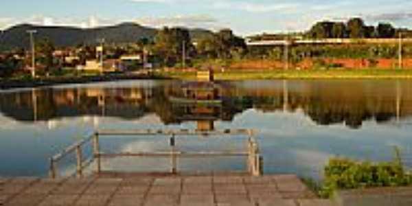Tarde no Lago-Foto:Mrkk