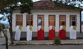 Cana Verde - Cana Verde-MG-Casarão Colonial da Família Garcia-Construído por Escravos-Foto:VICENTE FREIRE BARBOSA
