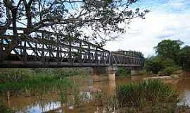 Cana Verde - Cana Verde-MG-Pontilh�o Ferrovi�rio sobre o Rio Jacar�-Foto:VICENTE FREIRE BARBOSA