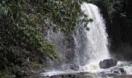 Canápolis - Cachoeira do Córrego