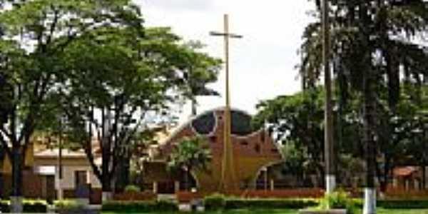 Igreja Matriz de N.S.de Fátima-Foto:Raphael Macedo