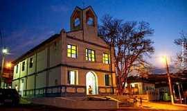 Capelinha - Igreja São Vicente em Capelinha - MG
