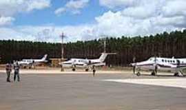 Capelinha - Aeroporto-Foto:Gildazio Fernandes [Panoramio]