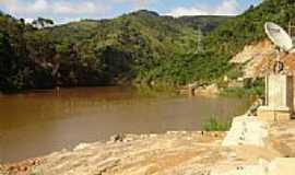 Capitão Andrade - O rio a jusante por Dendrobatic