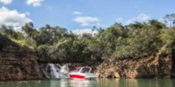 Cachoeira no lago de furnas, Por Luiz D S Coelho