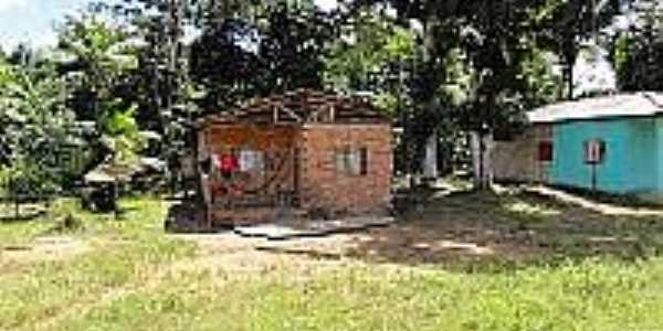 Casebre em área rural de Cantanzal-AP-Foto:en.topictures.