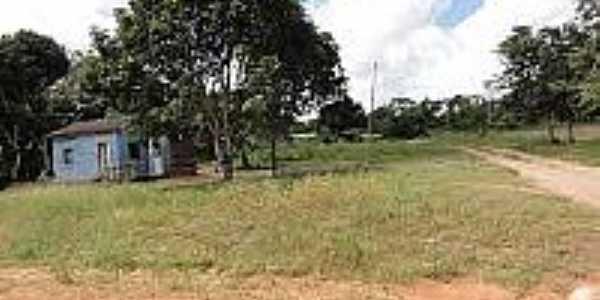 Estrada e casa em área rural de Cantanzal-AP-Foto:en.topictures.