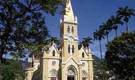 Caratinga - Caratinga-MG-Catedral de São João Batista-Foto:Vicente A. Queiroz