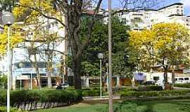 Caratinga - Caratinga-MG-Praça Cesário Alvim-Foto:@MohammadAlberth