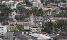 Caratinga - Caratinga-MG-Vista da Praça Cesário Alvim-Foto:@MohammadAlberth