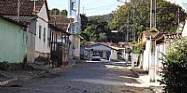 Carioca-MG-Rua da Igreja-Foto:Rogério Santos Pereira