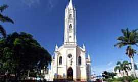Carmo do Cajuru - Praça Igreja Matriz