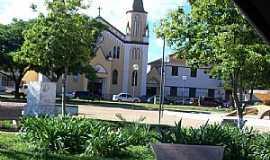 Carmo do Paranaíba - Igreja de São Francisco, Carmo do Paranaiba-MG  - Por Neide Oliveira