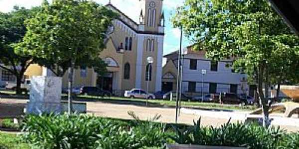 Igreja de S�o Francisco, Carmo do Paranaiba-MG  - Por Neide Oliveira