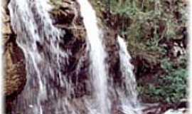 Carrancas - Cachoeira dos Anjos