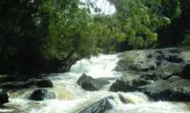 Carvalhos - Cachoeira do Burac�o, Por Rodrigo