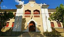 Cataguases - Cataguases-MG-Igreja de N.Sra.do Carmo,das Irmãs Carmelitas-Foto:sgtrangel