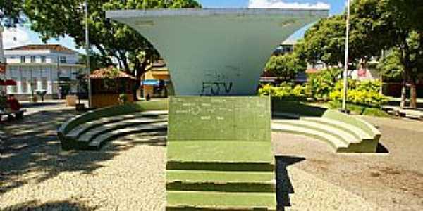 Cataguases-MG-Coreto na Praça Rui Barbosa-Foto:sgtrangel