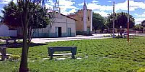 Praça e Igreja Bom Jesus-Foto:Ricardo Louzada