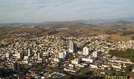 Caxambu - Caxambu-MG-A cidade vista à partir do Morro Caxambu-Foto:Josue Marinho