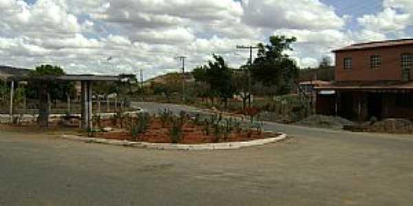 Central de Santa Helena-MG-Trevo de acesso-Foto:Gustavo Sturzenecker Moreira