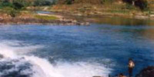 Cachoeira dos Menezes, Por Oswaldo Luiz Calzavara