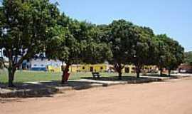 Chapada Gaúcha - Chapada Gaúcha-MG-Praça no centro-Foto:Viajante Explorador