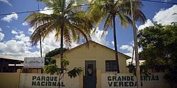 Chapada Gaúcha-MG-Sede do Parque Grande Sertão Veredas-Foto:fotostrada.