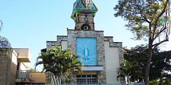 Citrolândia-MG-Igreja de N.Sra.das Graças-Foto:Vicente A. Queiroz