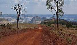 Claraval - Claraval-MG-A região vista da estrada-Foto:adauto rodrigues