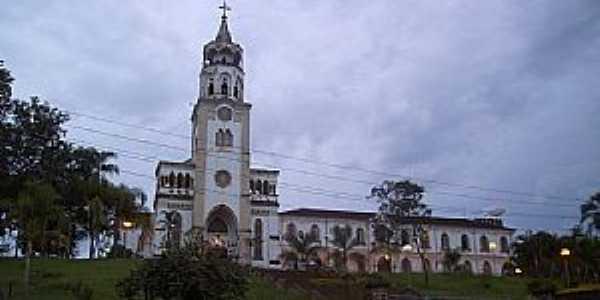 Claraval-MG-Matriz do Divino Espírito Santo-Mosteiro Cistercience-Foto:Altemiro Olinto Cristo