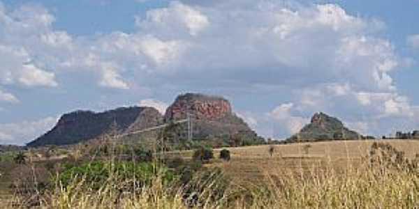 Claraval-MG-Morros na região-Foto:adauto rodrigues