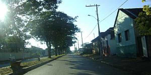 Claro de Minas-MG-Avenida principal-Foto:JOSE EYMARD
