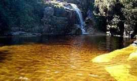 Conceição do Ibitipoca - Conceição do Ibitipoca-MG-Cachoeira dos Macacos no Parque Estadual-Fotowww.feriasbrasil.com.br