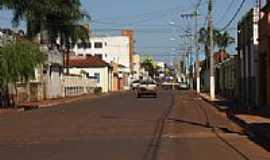 Conceição das Alagoas - Av Presidente Vargas por Beto Mendonça