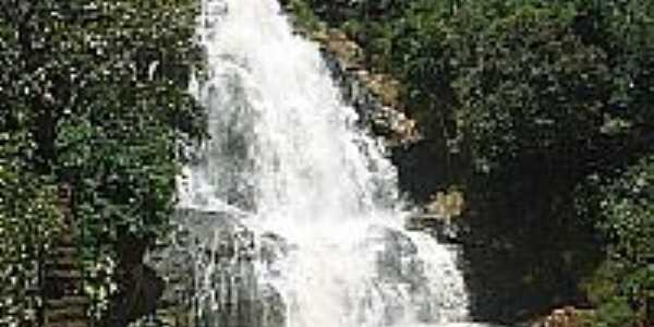 Cachoeira em Conceição das Pedras-Foto:marvalim82