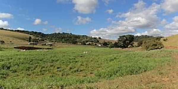 Conceição de Minas-MG-Fazenda do Distrito-Foto:Roldao M