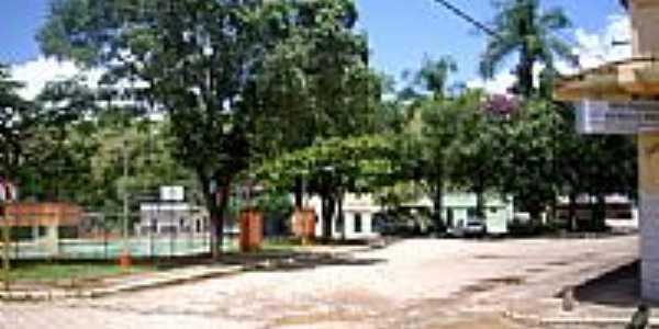 Praça em Conceição de Tronqueiras-Foto:RBARROSOF